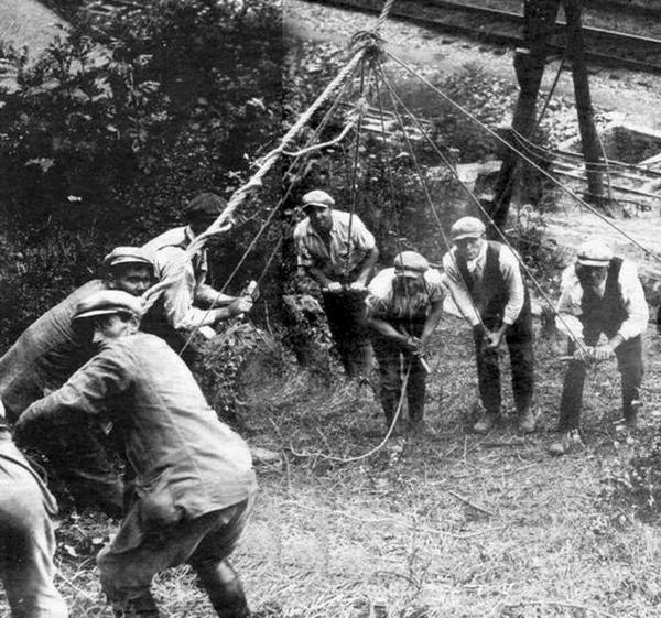 een heiploeg rond 1900