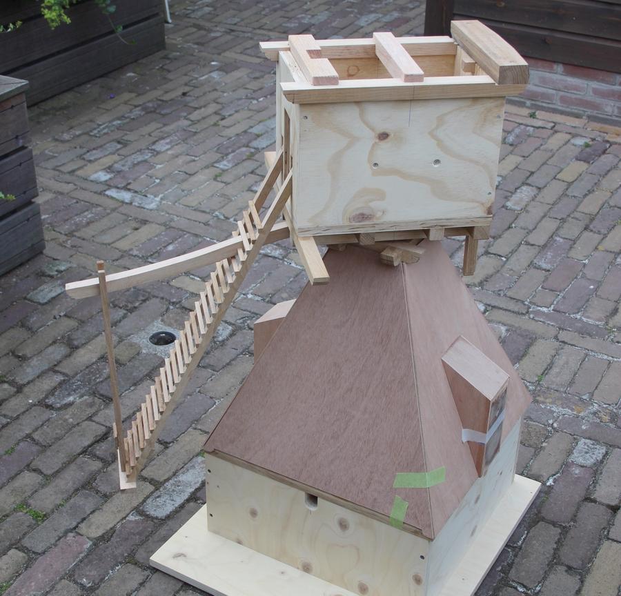 bouwtekeni9ng van een wipmolen, Penterbak modelbouw
