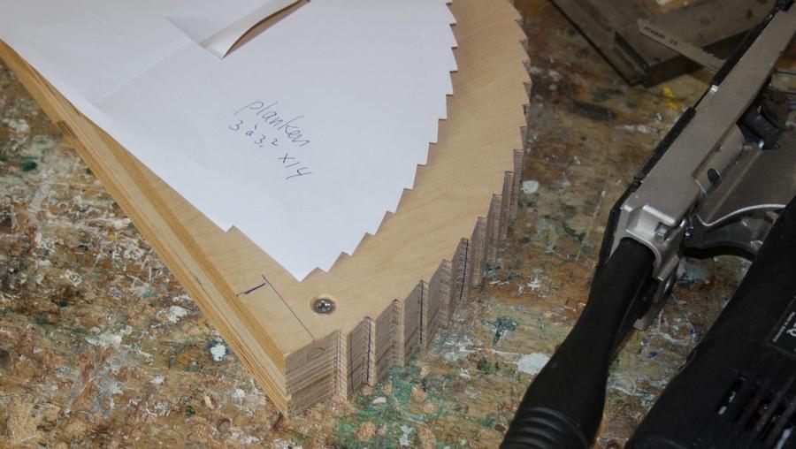 Penterbak modelbouw levert de bouwtekening van een bijzondere tuimnolen